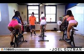 Joel Guzman Folla Con Alicia Fournes en Pleno Entrenamiento