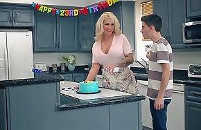 Brazzers.com - mommy got scones - my allies drilled my mommy scene starring ryan conner, jordi el ni&ntild